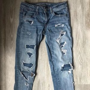 Distressed jeans American Eagle
